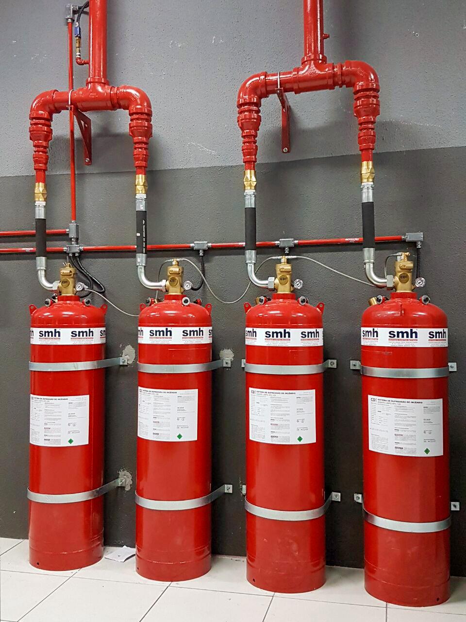 sistema de combate a incêndio com gás